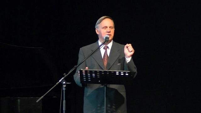 """Jerzy Karzełek Hbr 5,11-6,12 """"Nie możesz stracić z oczu Jezusa"""""""