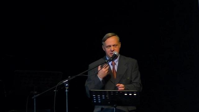 """Jerzy Karzełek Rz 8,1-17 """"Uwolnieni przez Ducha do świętego życia"""""""